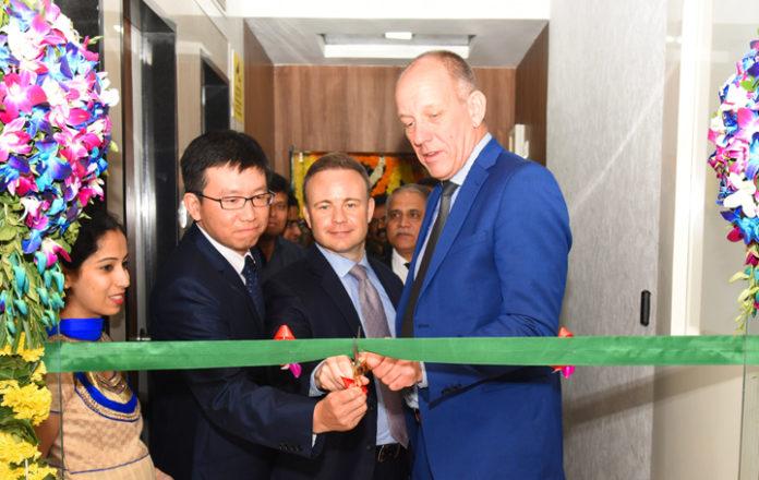 HitachiHigh-Tech New Office